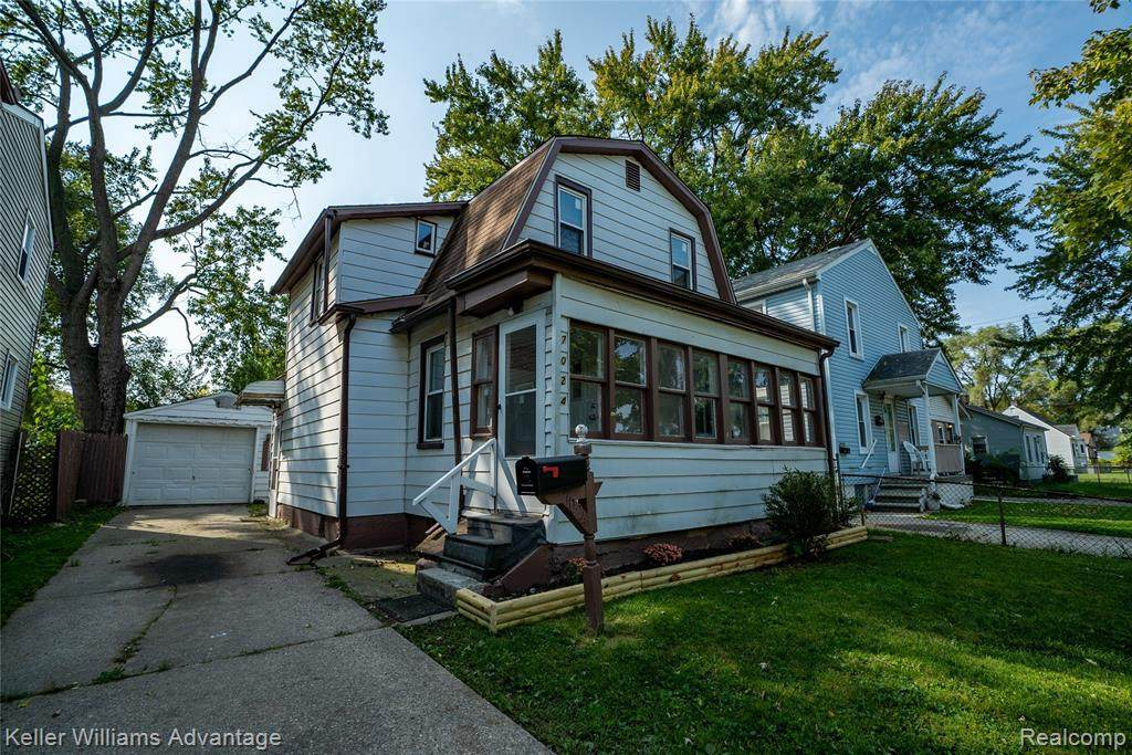 7024 Chalmers Ave - Photo 1