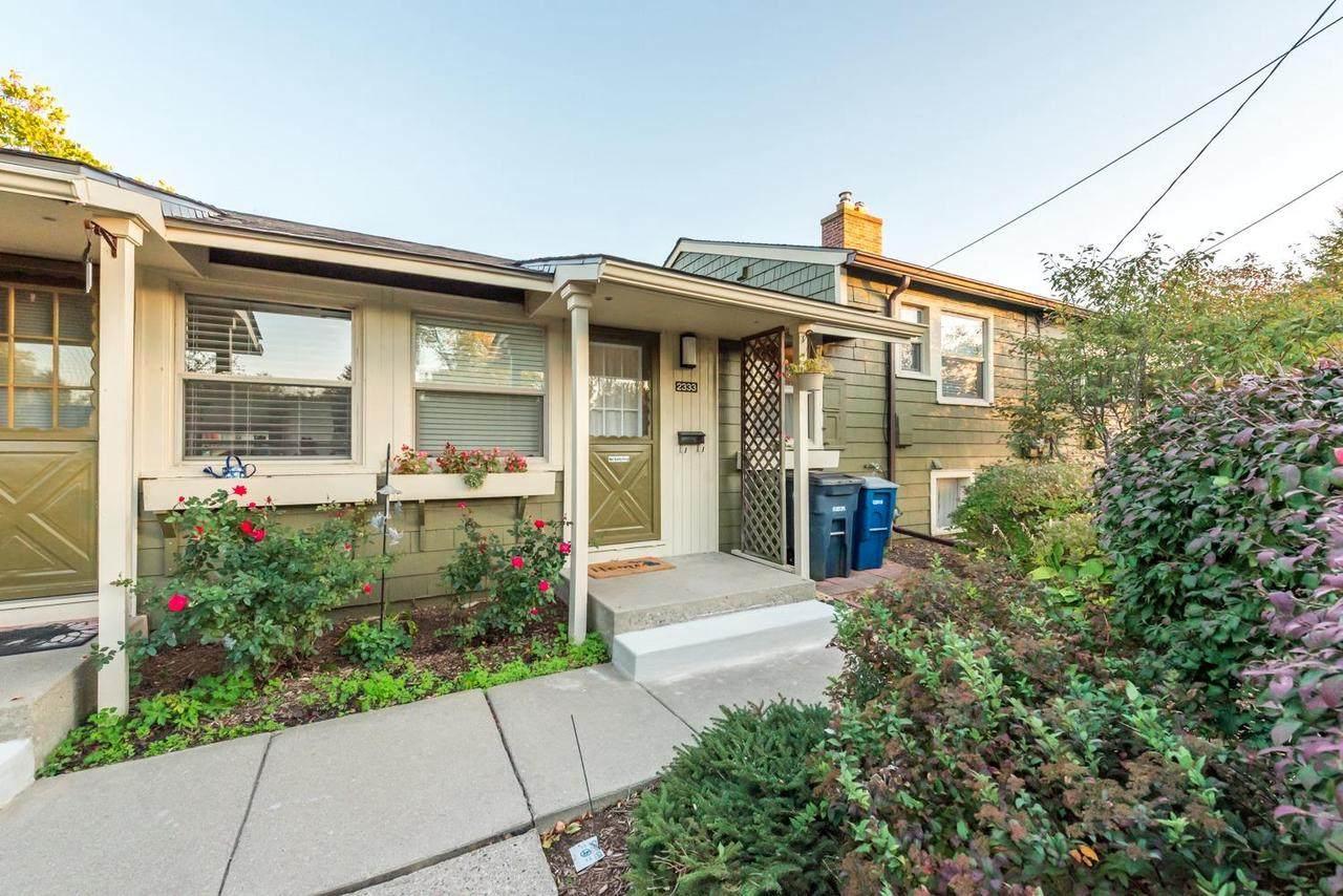 2333 Fernwood Ave - Photo 1