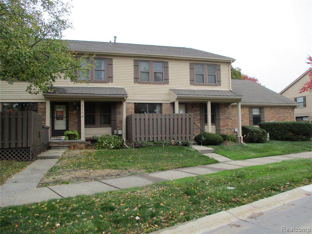 8668 Forest Crt - Photo 1