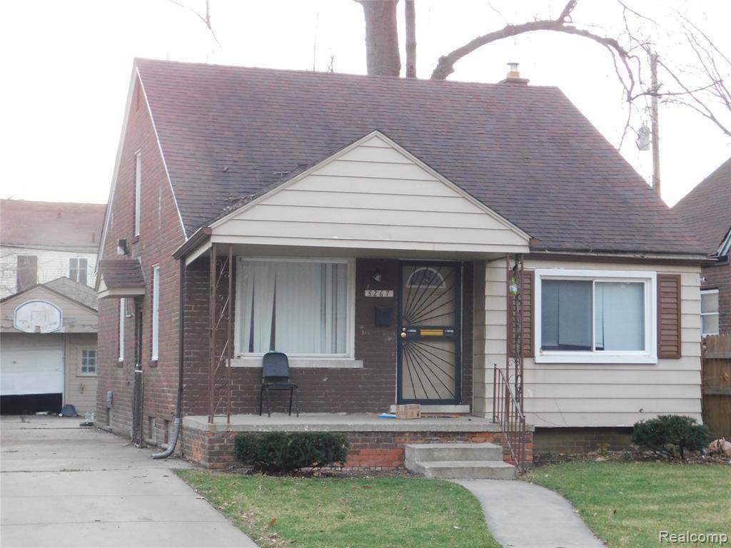 5267 Buckingham Ave - Photo 1
