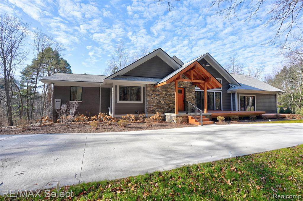 5755 Cider Mill Dr - Photo 1