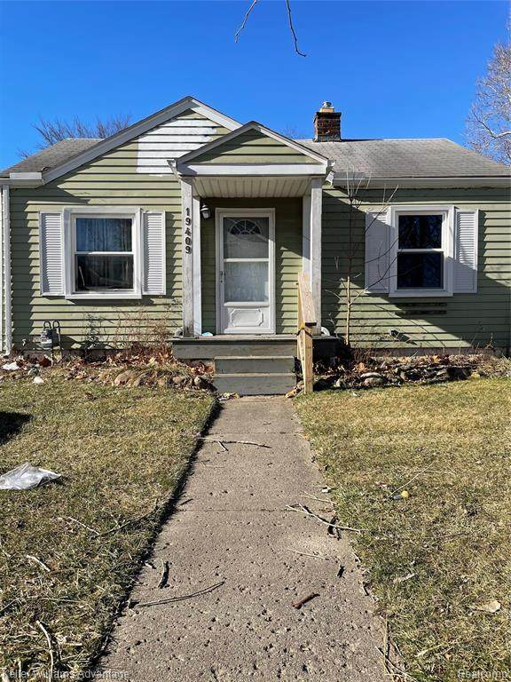 19409 Seminole, Redford, MI 48240 (MLS #2210005929) :: The BRAND Real Estate