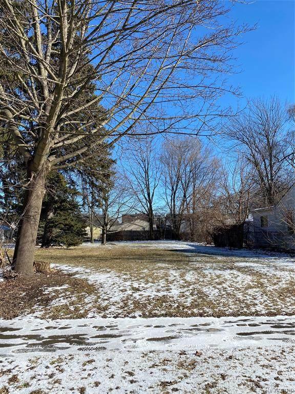 11093 Syracuse, Taylor, MI 48180 (MLS #2210006426) :: The BRAND Real Estate