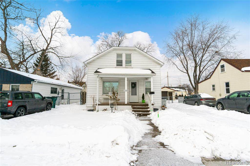 23339 Easterling Ave - Photo 1