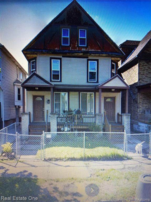 244 Horton St, Detroit, MI 48202 (MLS #2210013322) :: The BRAND Real Estate