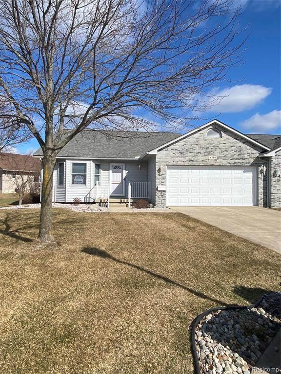 4266 Chapel Ln, Swartz Creek, MI 48473 (MLS #2210014241) :: The BRAND Real Estate