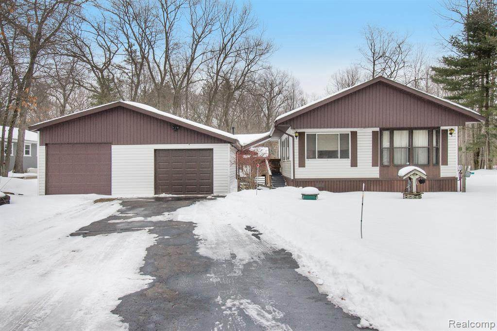 6452 Huron Dr - Photo 1