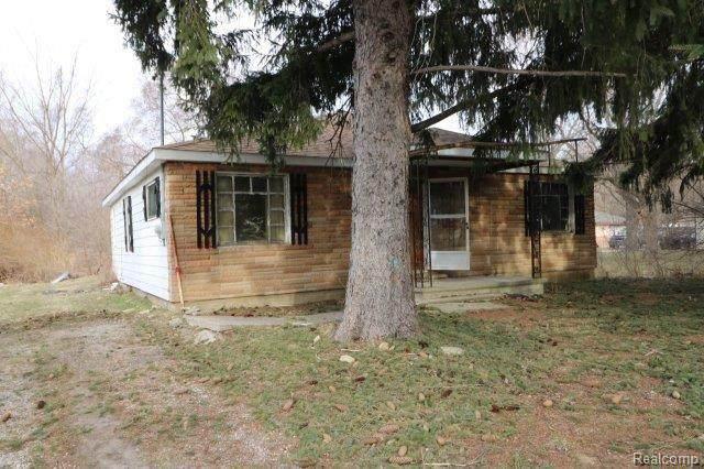 3391 N Genesee Rd, Flint, MI 48506 (MLS #2210021756) :: Kelder Real Estate Group