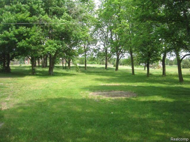 1305 Hickory Ridge Rd - Photo 1
