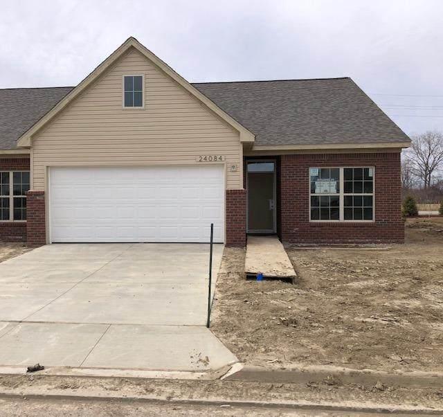 24086 Hemlock Dr, Flat Rock, MI 48134 (MLS #3280000) :: The BRAND Real Estate