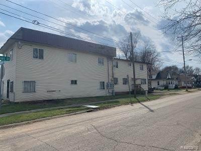 2604 S Saginaw St, Flint, MI 48503 (MLS #2210024222) :: The BRAND Real Estate