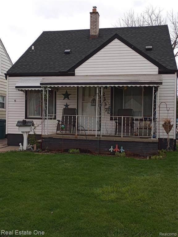 2337 Detroit Ave, Lincoln Park, MI 48146 (MLS #2210027988) :: The BRAND Real Estate
