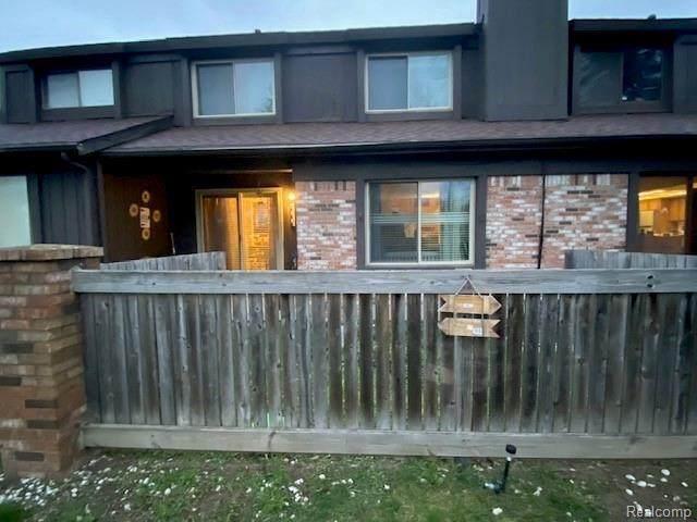 2010 Beekman Crt, Flint, MI 48532 (MLS #2210027116) :: The BRAND Real Estate