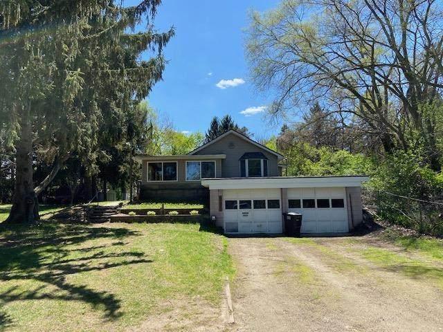 4345 E Michigan Ave, Jackson, MI 49201 (MLS #202101389) :: The BRAND Real Estate