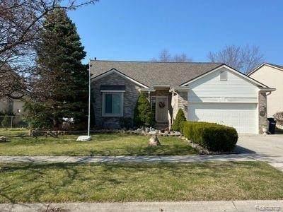 7382 Meadow Ln, Ypsilanti, MI 48197 (MLS #2210034709) :: The BRAND Real Estate