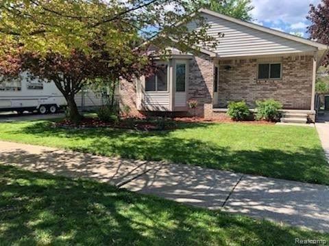 20451 Broadacres, Clinton Township, MI 48035 (MLS #2210035122) :: The BRAND Real Estate