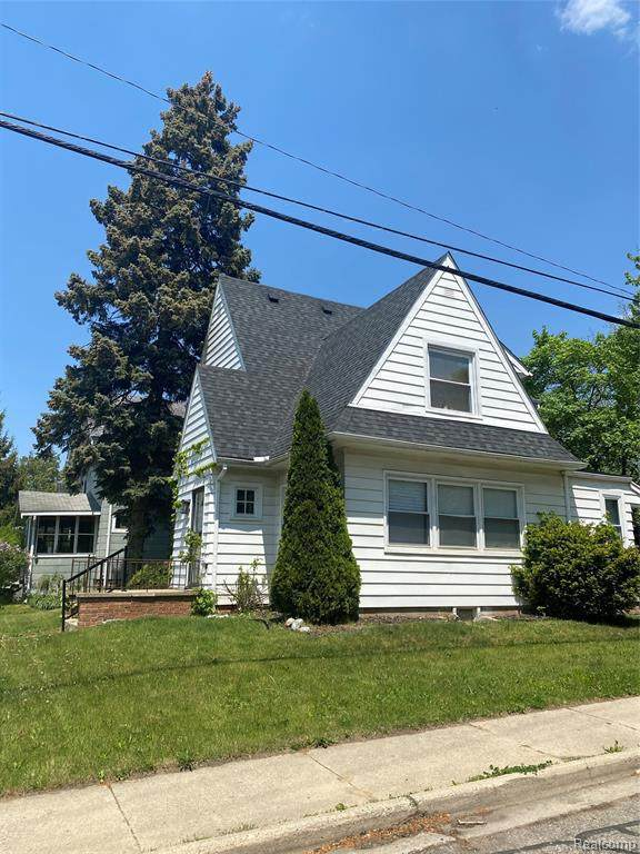 419 W Iroquois Rd, Pontiac, MI 48341 (MLS #2210036660) :: The BRAND Real Estate