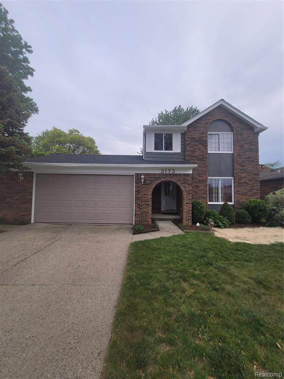 2172 Pandora Dr, Sterling Heights, MI 48310 (MLS #2210042698) :: Kelder Real Estate Group
