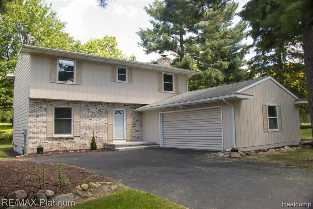 5658 Forest Green Dr - Photo 1