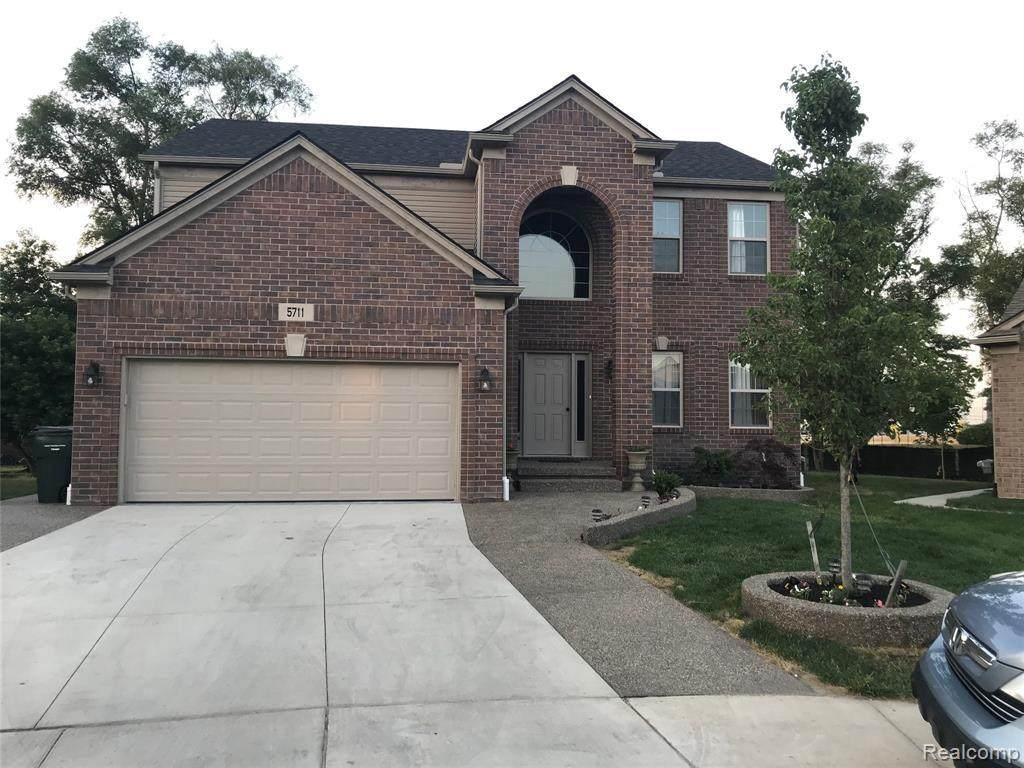 5711 Gregory Dr - Photo 1