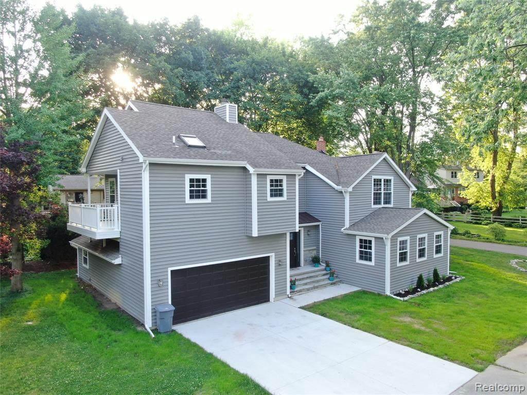 3706 Lakeview Blvd - Photo 1