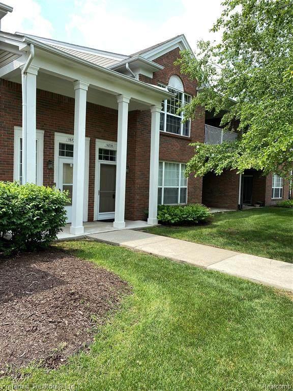 16730 Dover Dr Unit#88-Bldg#8, Northville, MI 48168 (MLS #2210044337) :: The BRAND Real Estate
