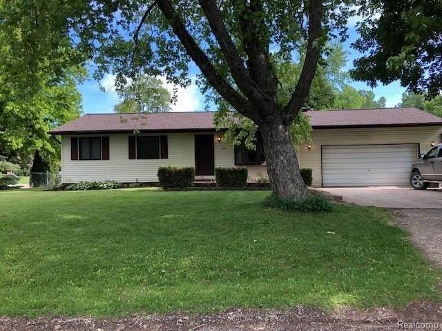 878 Bayfield St, Lake Orion, MI 48362 (MLS #2210046231) :: Kelder Real Estate Group