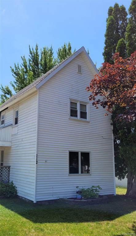 112 W Orchard St, Perry, MI 48872 (MLS #2210048090) :: Kelder Real Estate Group