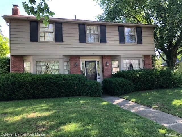312 N Glengarry Rd, Bloomfield Hills, MI 48301 (MLS #2210049275) :: Kelder Real Estate Group