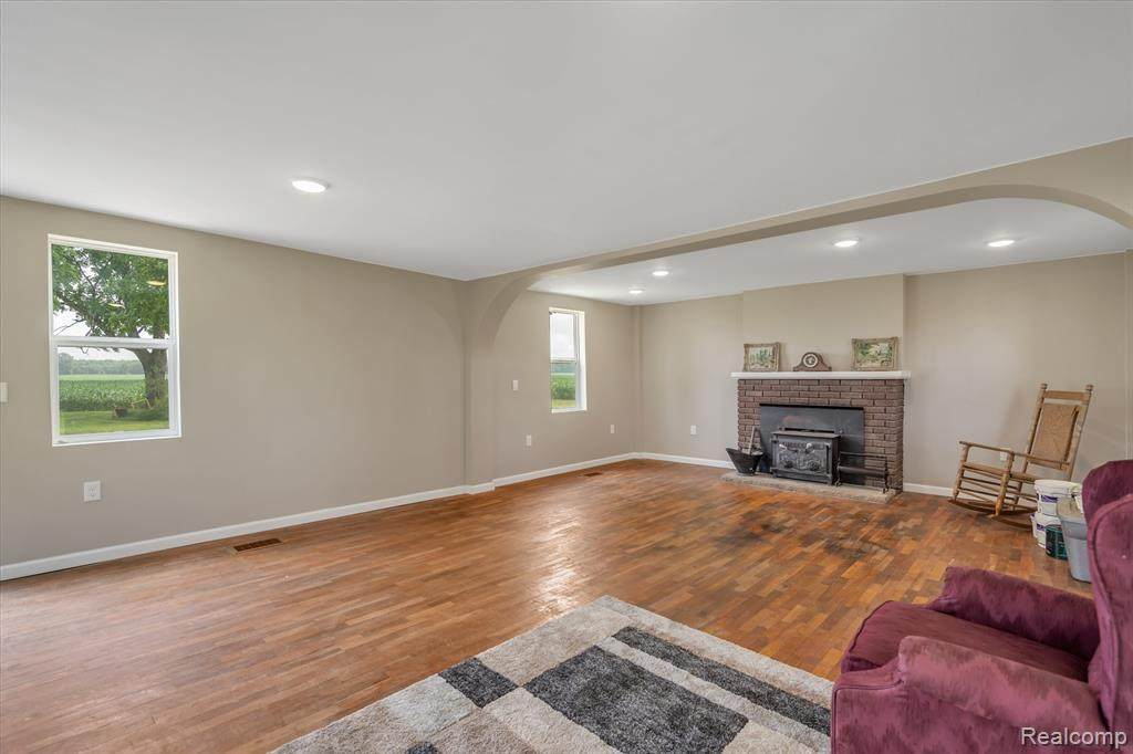 8950 Fowlerville Rd - Photo 1