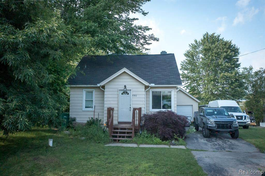 7200 Clement Rd - Photo 1