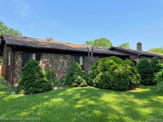 23933 Haynes St, Farmington Hills, MI 48336 (MLS #2210047437) :: Kelder Real Estate Group