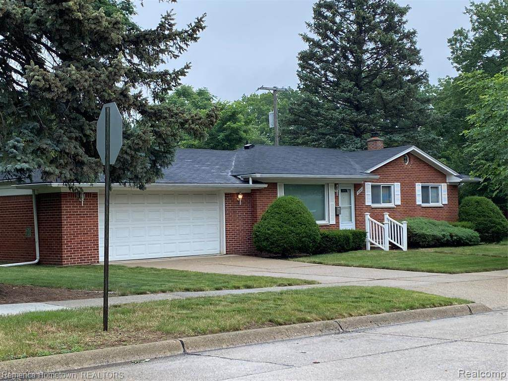 36205 Lawrence Dr - Photo 1