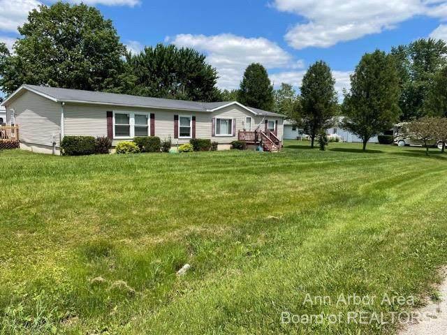 7557 Michelle, Monroe, MI 48162 (MLS #3282428) :: Kelder Real Estate Group