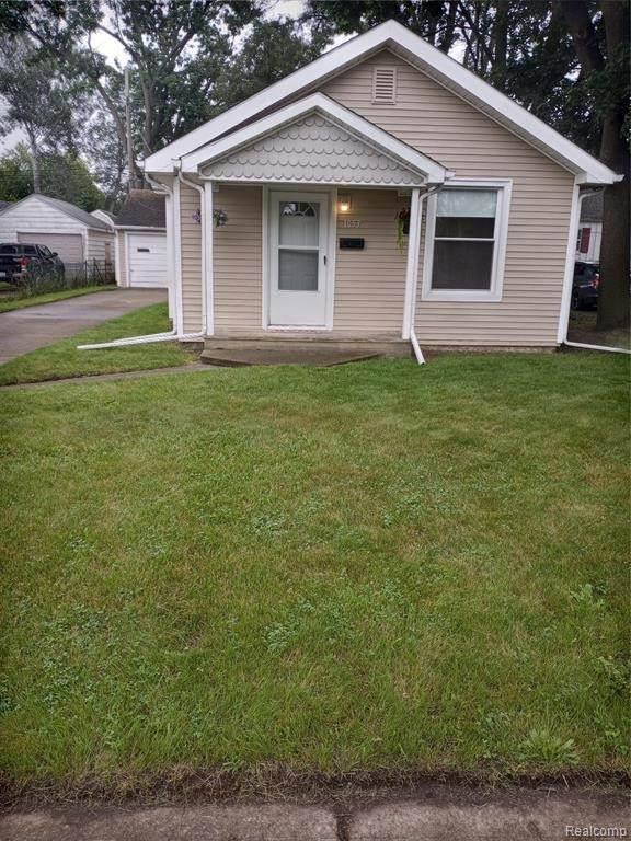 1053 Myrtle Ave, Waterford, MI 48328 (MLS #2210055360) :: Kelder Real Estate Group