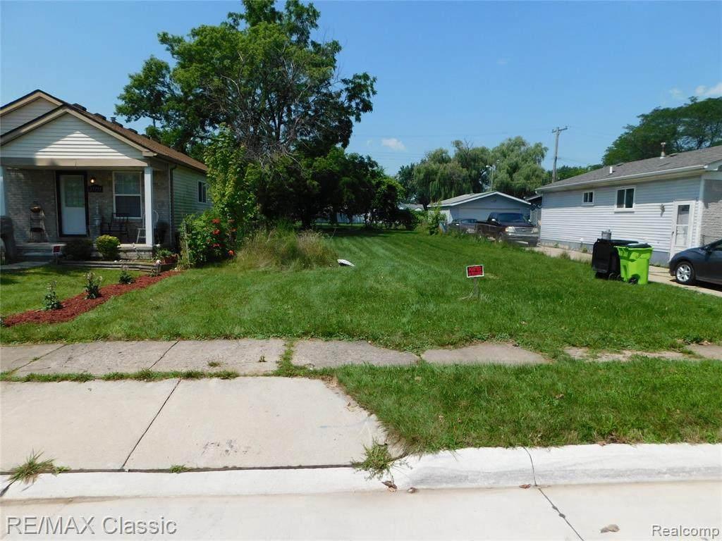 27759 Lasslett St - Photo 1