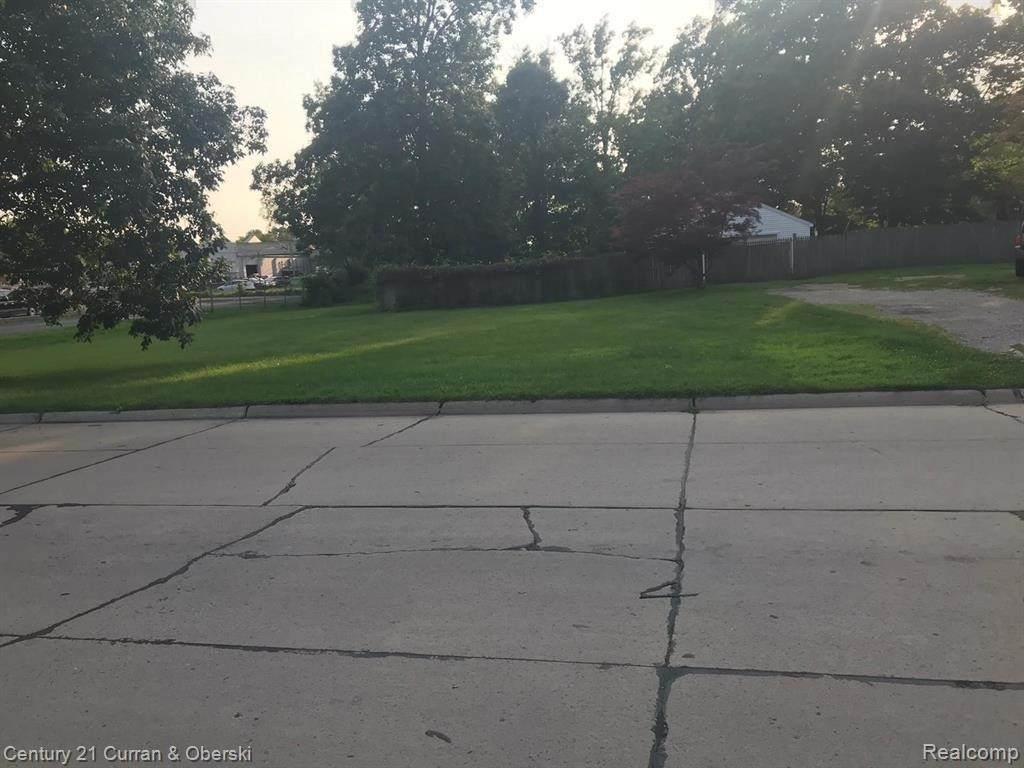 5689 Brandt (Parcel D) St - Photo 1