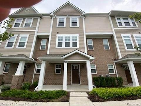 3255 Chambers West W, Wixom, MI 48393 (MLS #2210060850) :: Kelder Real Estate Group