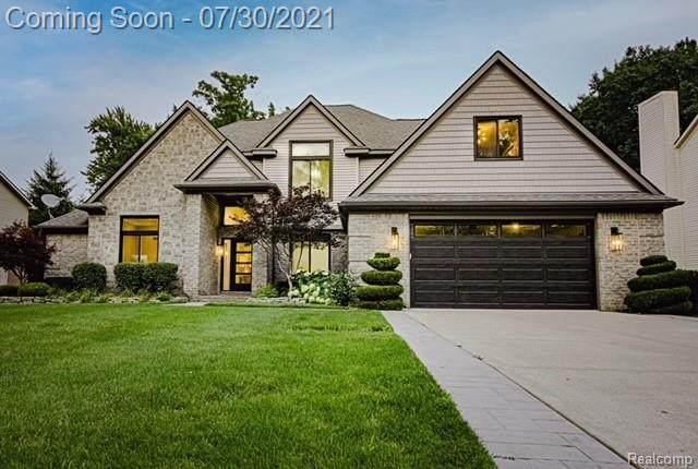 5239 Farmridge Ln, Grand Blanc, MI 48439 (MLS #2210059575) :: Kelder Real Estate Group