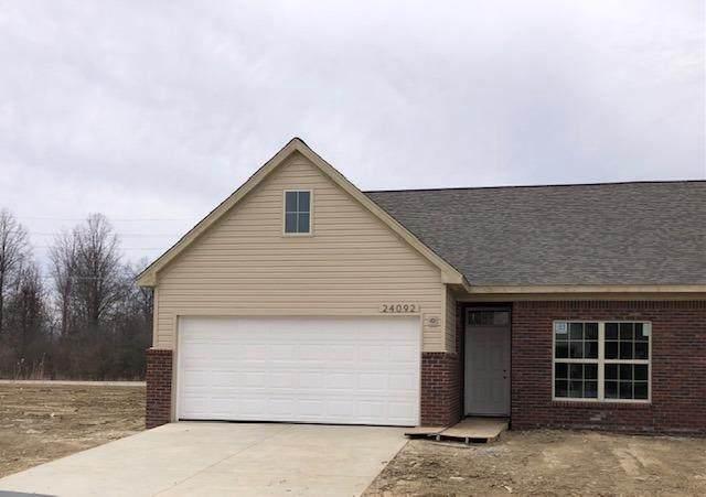 24097 Hemlock Dr, Flat Rock, MI 48134 (MLS #3283045) :: The BRAND Real Estate
