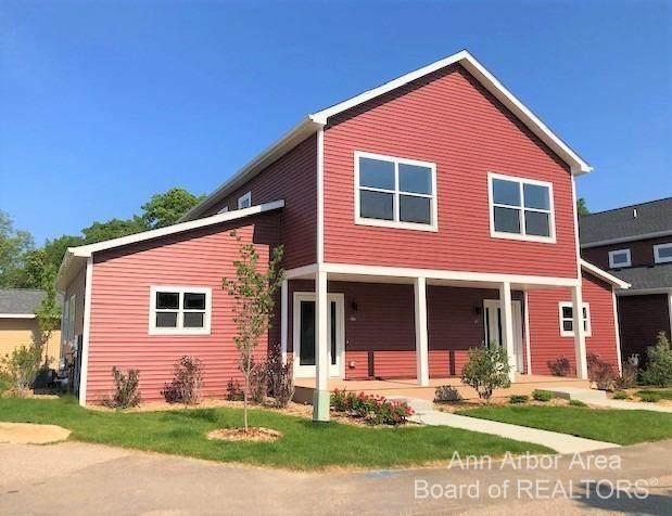 560 Little Lake Drive #46, Ann Arbor, MI 48103 (MLS #3282971) :: Kelder Real Estate Group