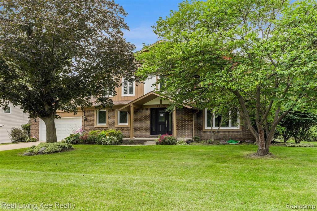 5330 Hollow Dr - Photo 1