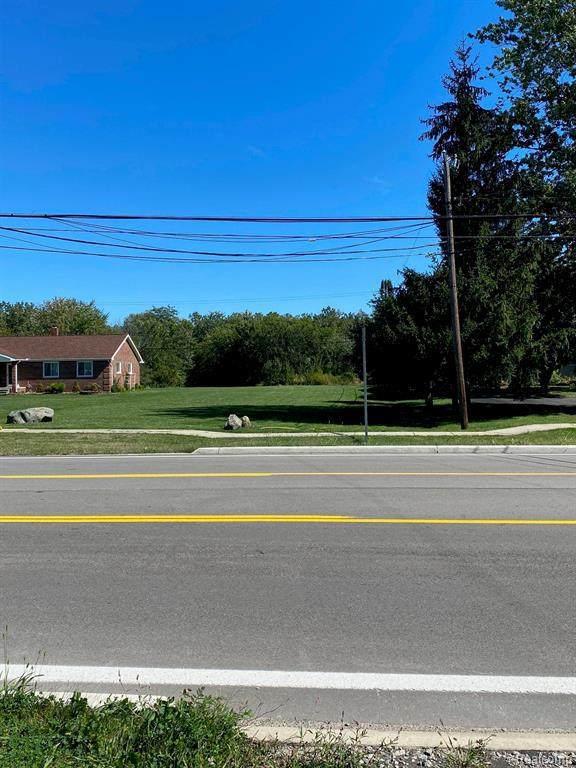 26621 Allen Rd, Woodhaven, MI 48183 (MLS #2210080929) :: Kelder Real Estate Group