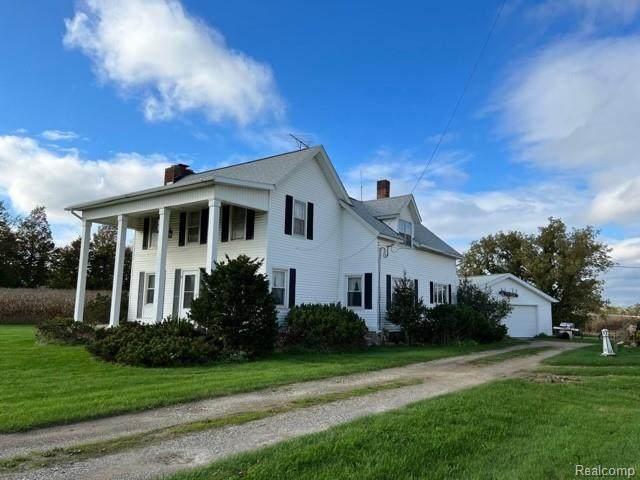 5025 N Branch Rd, North Branch, MI 48461 (MLS #2210086707) :: Kelder Real Estate Group
