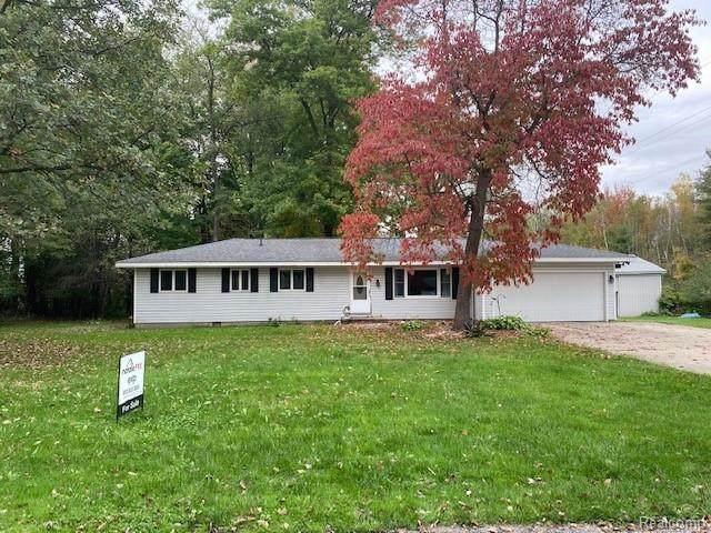 6169 Jade Ln, Bridgeport, MI 48722 (MLS #2210087156) :: Kelder Real Estate Group