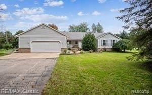 4820 Mckeachie Rd, White Lake, MI 48383 (MLS #2210087177) :: Kelder Real Estate Group