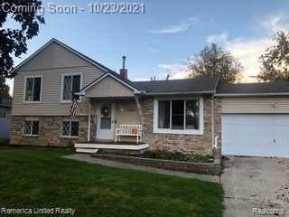 9256 Elaine Dr, Swartz Creek, MI 48473 (MLS #2210087870) :: The BRAND Real Estate