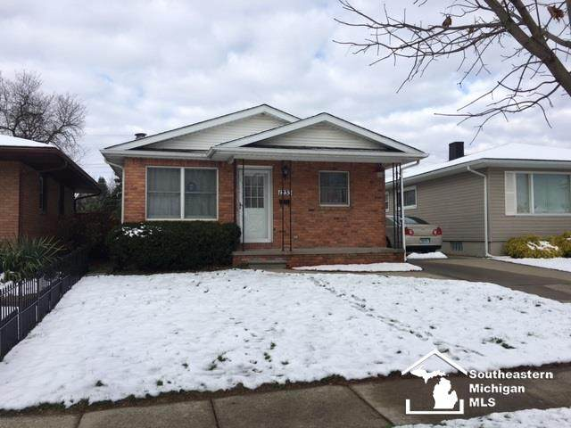 1233 Riverview Ave - Photo 1