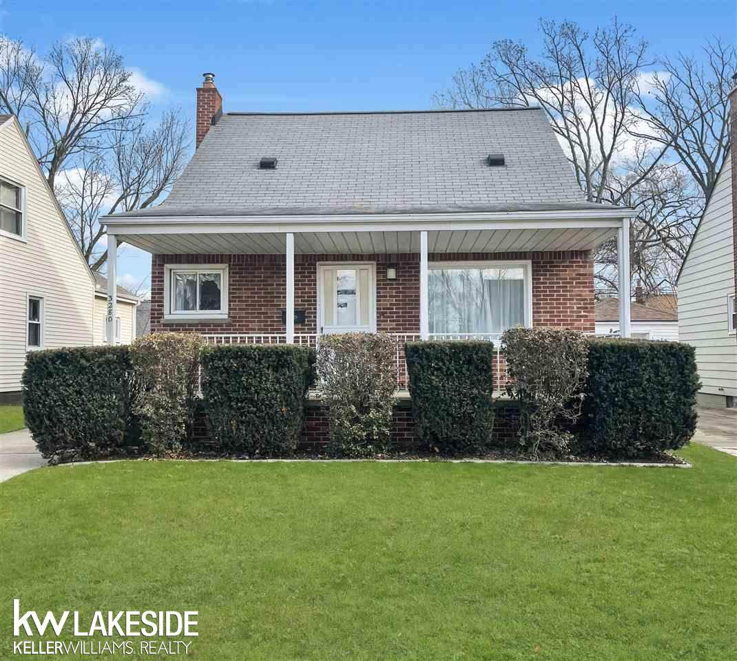 3280 Kenwood - Photo 1