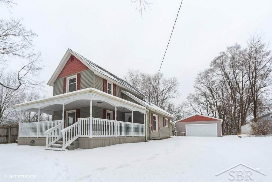142 Orchard St - Photo 1
